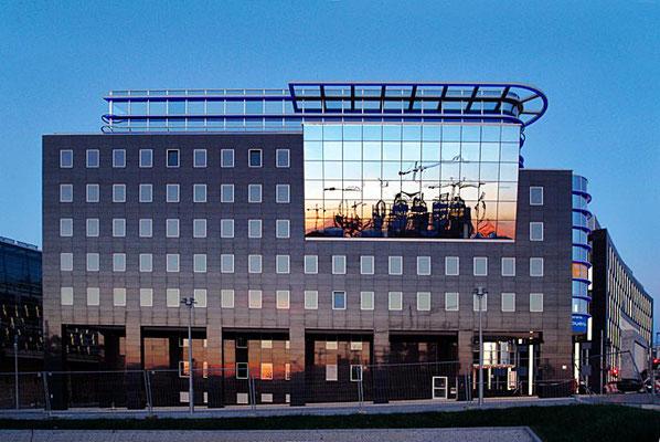 Bürohaus an der Spree, Berlin