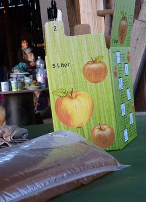 Und natürlich die Klassiker Apfel-Birne und Apfel pur. Prost Saft!