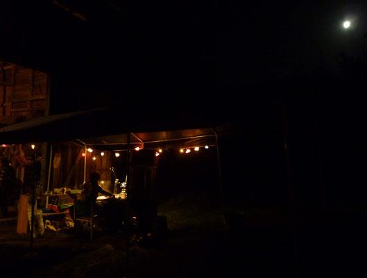 ... manche Fleißige legten sogar Nachtschichten ein, damit alle ihren Saft bekommen.
