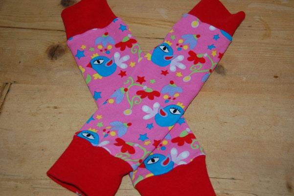 Beinstulpen für Babys, praktisch wenn beim Tragen die Hosenbeine immer hochrutschen....