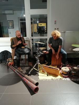 Didgeridoo und Drums