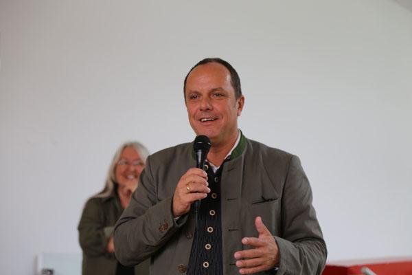 NAbg. BGM Christoph Stark eröffnet die Ausstellung
