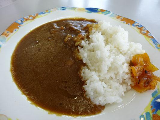 ビーフカレー ¥490