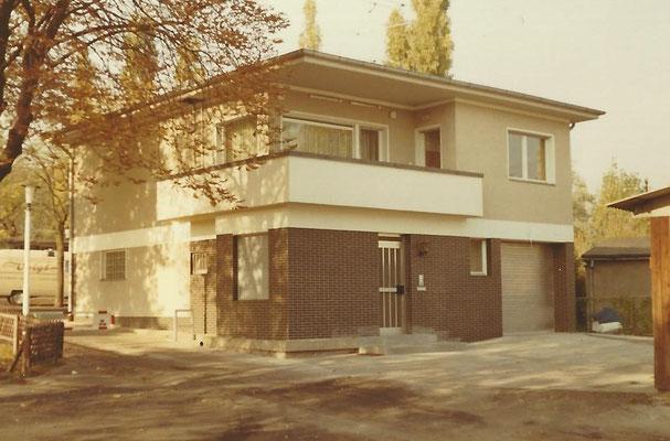 1968/69 - Ostansicht des neuen Wohnahauses am Pichelssee