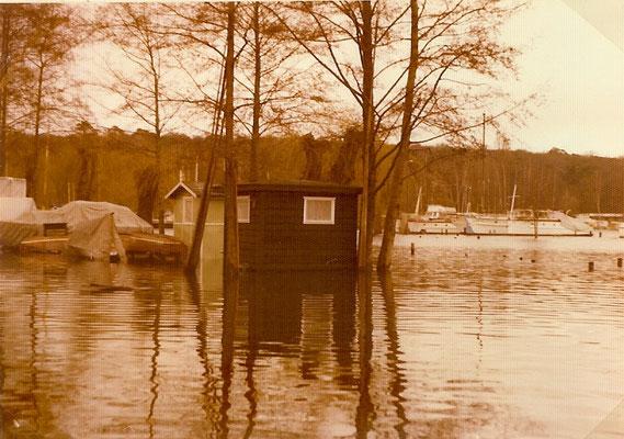 Blick von unserer kleinen Sliprampe auf den Pichelssee und die Havel 1974