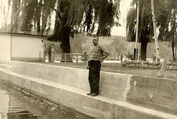 Sanierte Betonmauer unserer Sliprampe im September 1962