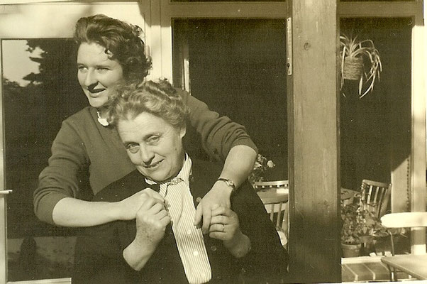 Ingeborg & Brundhild Angermann 1954