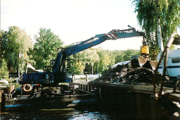 Sommer 2004 - Die Sliprampe wird ausgebaggert