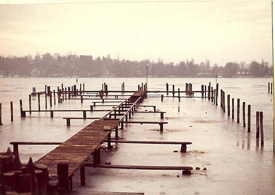 Umbau der Stege von Holz auf Eisen im Januar/Februar 1968