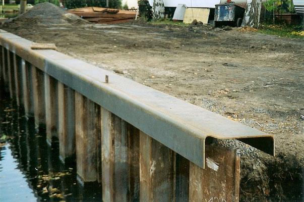 Sommer 2004 - Die Uferbefestigung der neuen Sliprampe steht
