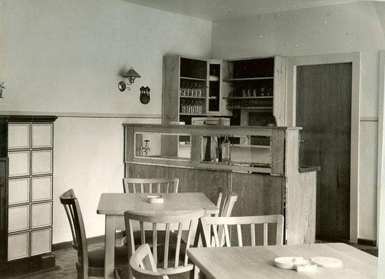 Die Theke in der Kantine 1952