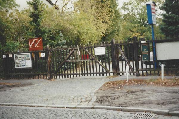 Erneuerung des alten Firmentores 1999