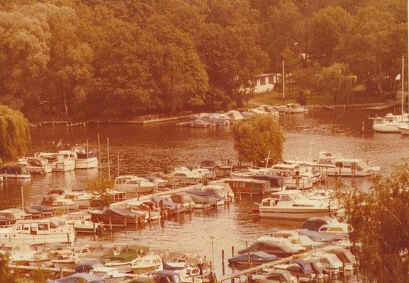 Blick auf unseren Hafen am Pichelssee vom DLRG Turm 1979