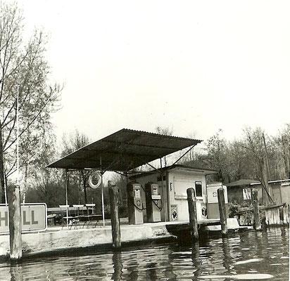 Unsere Shell Tankstelle 1963