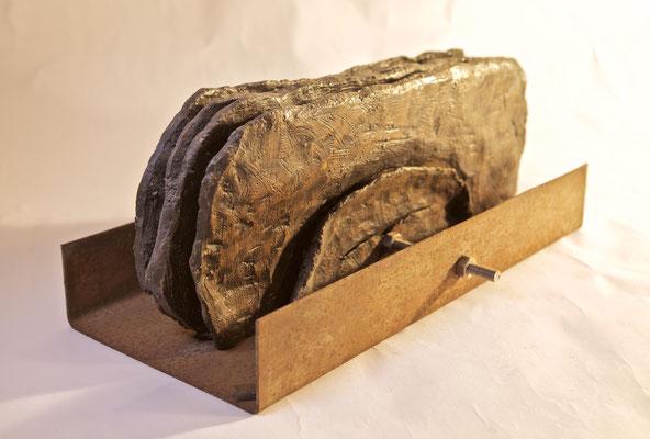 La Chatte, 1999 terracotta, ferro cm 35x16x14