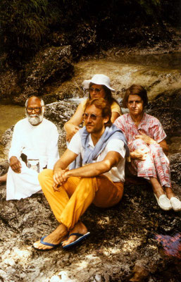 Peter Rühe with Shri S.V. Govindan (Brahma Vidya Mandir) and others in Bad Reichenhall/Austria, 1986