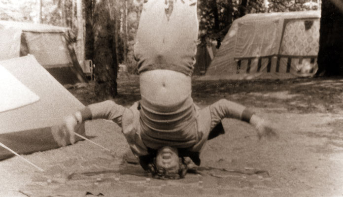 Headstand without hands, 1977.
