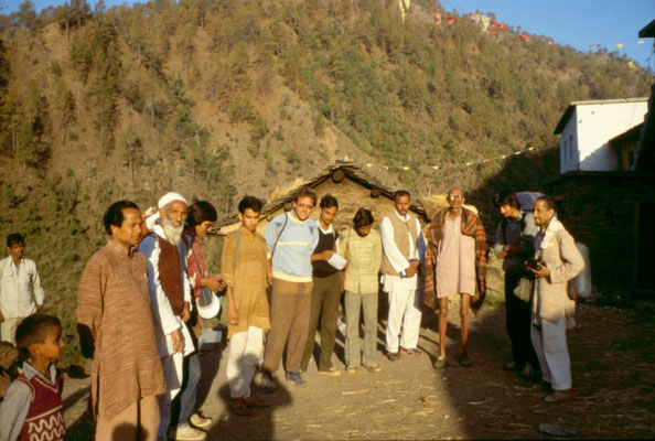 On a treck in the Himalaya region with the co-founder of the Chipko movement, Sunderlal Bahuguna (second left) and other social workers, 1985.