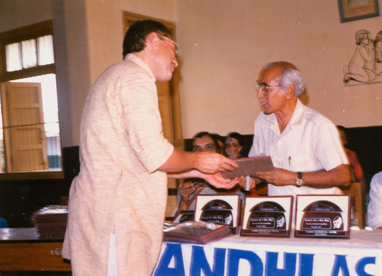 With a juror of the first drawing competition, Rameshbhai Thakkar, at KVKV, Rajkot, 1991.