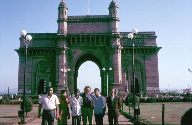 In front of the Gateway of India, Bombay, 1986.