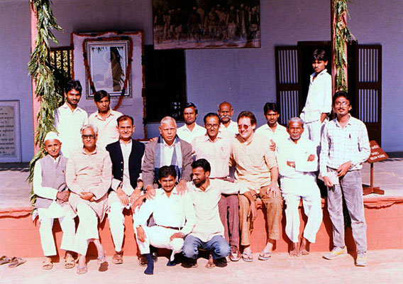 Peter Rühe with staff members and visitors at Sabarmati Ashram, Ahmedabad, 1991