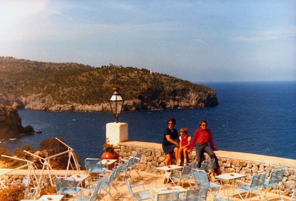 On Mallorca with sister Corinna and mother, 1971.