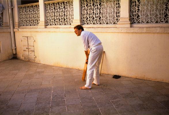 Trying to play cricket, Bhavnagar, 1989.