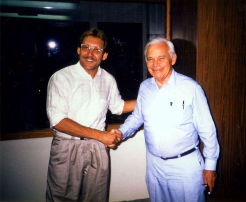 Peter Rühe with the director of the Ecumenical Centre at Tantur (between Jerusalem and Bethlehem) where his Gandhi exhibition was presented for one month, 1987