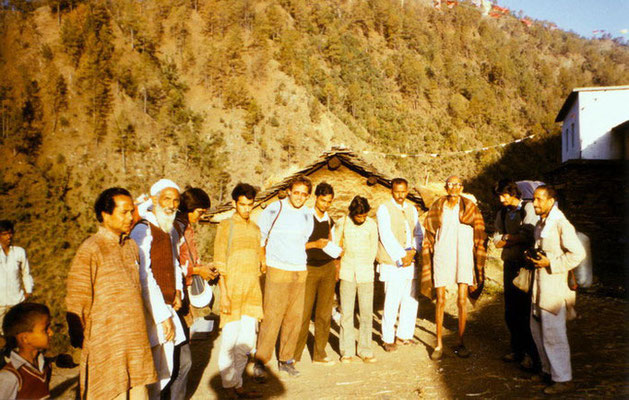 Peter Rühe during a padyatra (footmarch) in the Himalaya region lead by Sunderlal Bahuguna (Chipko movement; second left), 1985