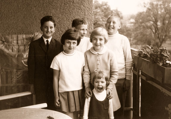 At his 10th birthday with friends, school comrades and sister Corinna, 1967.