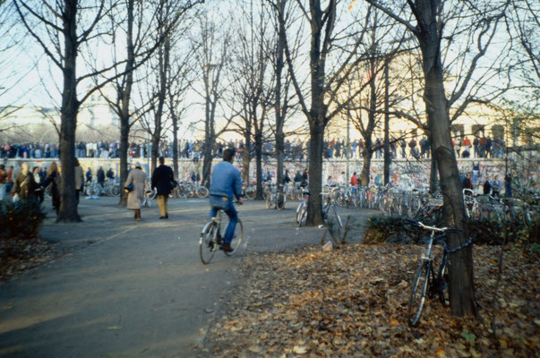 The day before the Berlin Wall fell: West-Berliners occupy the wall, 1989.