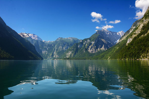 On a nice day a tour with a boat to pass over the Königssee to the enchanting village Schönau was performed.
