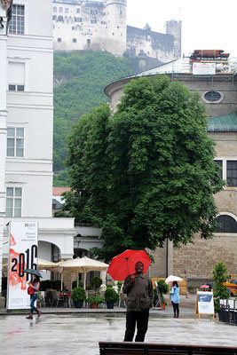 Stadtbesichtigung trotz Regen in Salzburg.