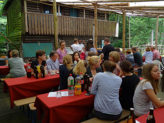 Fraterin Meraba has been guest of honour on our yearly Helfen macht Schule barbecue.