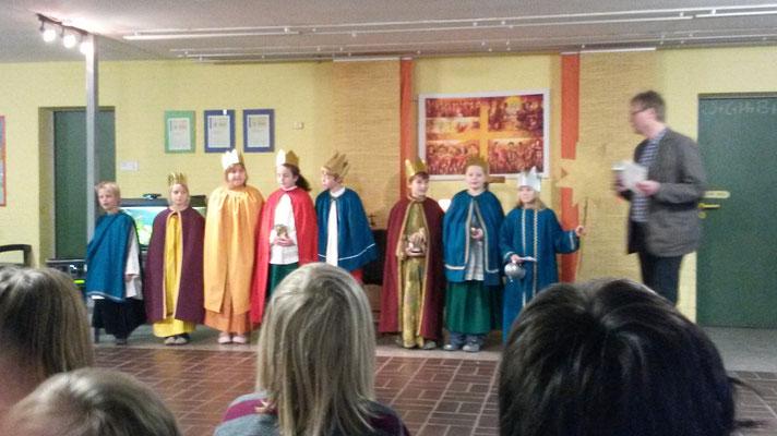 Heilige drei Könige 2015 Niels-Stensen Grundschule Hameln