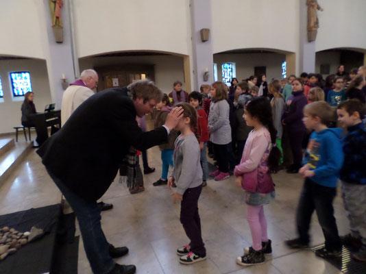 Aschermittwoch Niels-Stensen Grundschule Hameln