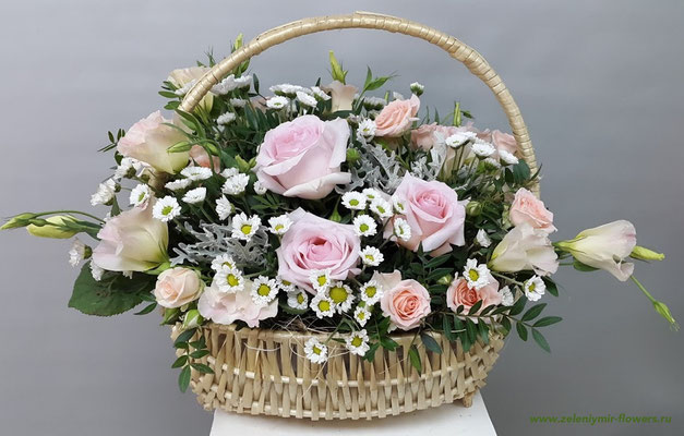 купить цветы в корзинке миллерово