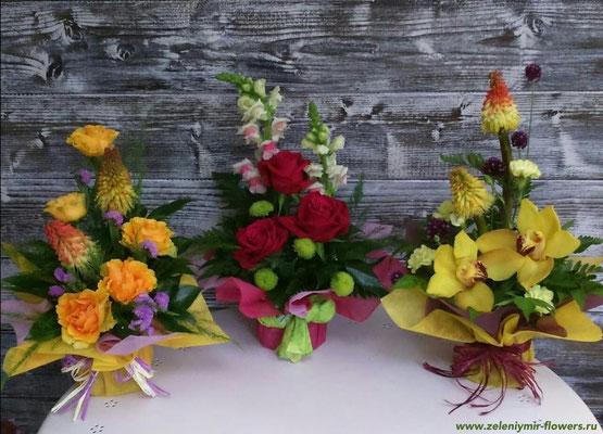 композиция из цветов в корзине  купить вешенская