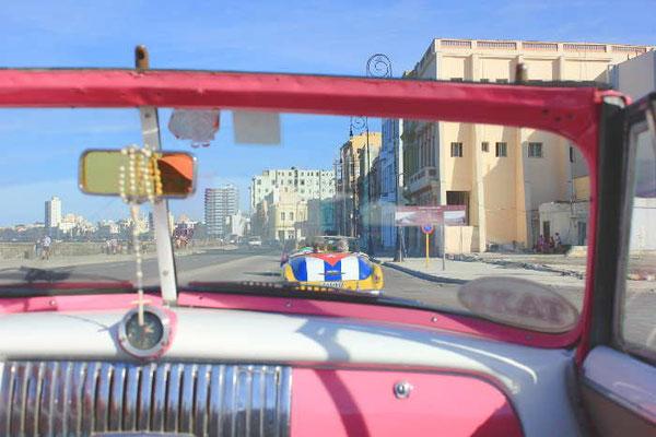 Oldtimerfahrt in HAvanna auf Kuba