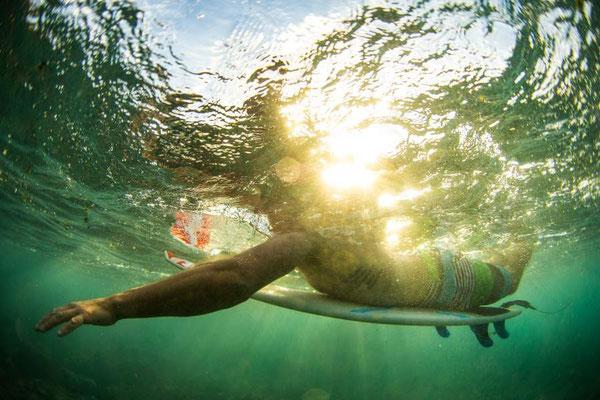 (c) Lukas Prudky - Surfer im Wasser