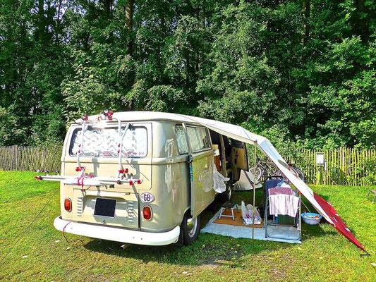 Auf Reisen mit dem VW Bus