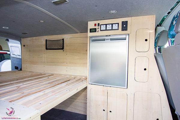 Kompressorkühlschrank im VW T5 Campingbus