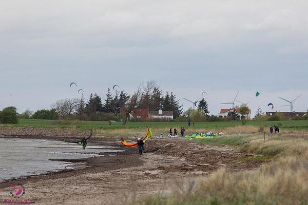 Kitesurfen auf Fehmarn - Kitespot Campingplatz Strukkamphuk