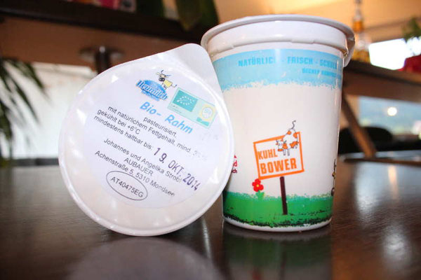 Yoghurt Becher