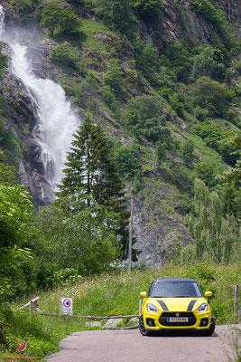 Der Partschinser Wasserfall in Südtirol