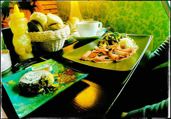 Die Röhre am Attersee - Frühstück
