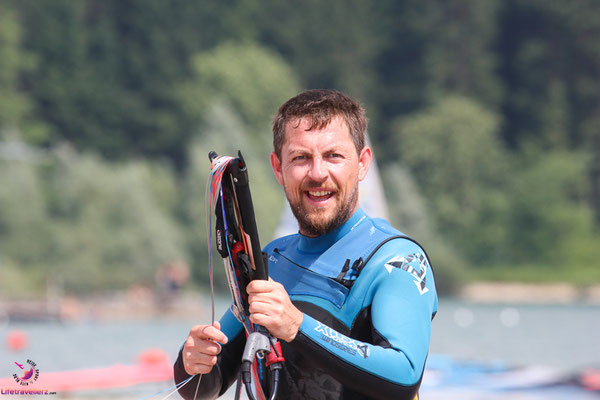 Kitesurfen am Lago di Santa Croce