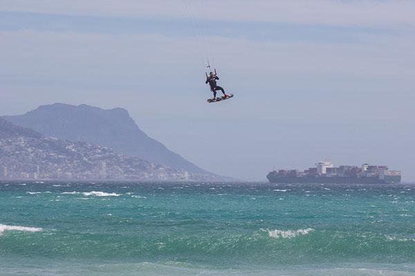 Kitesurfen in Big Bay Südafrika