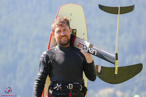 Kitefoilen am Reschensee mit Levitaz