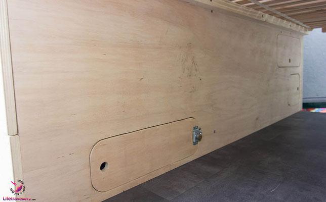 VW T5 Bus Ausbau Möbelbau - Beifahrerseite Stauraum